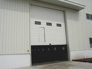 industrial tilp up doors
